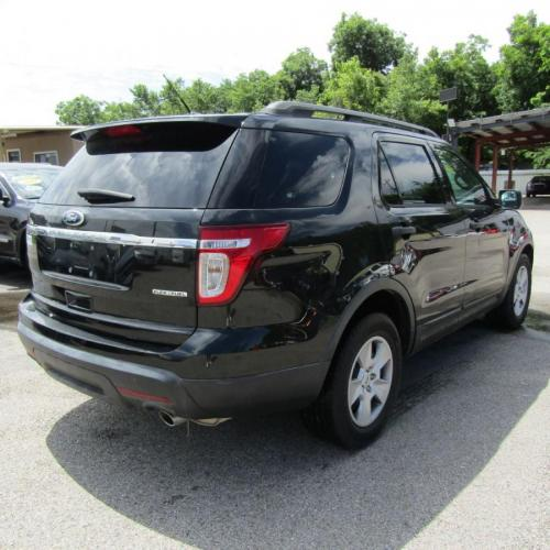 2013 BLACK FORD EXPLORER (1FM5K7B80DG) with an 3.5L engine, Automatic transmission, located at 830 E. Canino Rd., Houston, TX, 77037, (281) 405-0440, 38.358219, -81.729942 - Photo #5