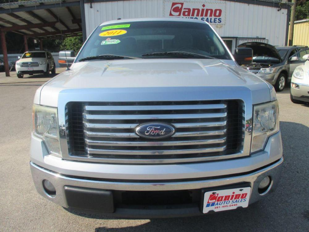 2011 SILVER FORD F150 SUPERCREW (1FTFW1CT8BK) with an 3.5L engine, Automatic transmission, located at 830 E. Canino Rd., Houston, TX, 77037, (281) 405-0440, 38.358219, -81.729942 - Photo #0