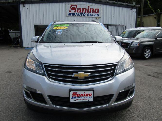 2014 SILVER CHEVROLET TRAVERSE LT (1GNKRHKD5EJ) with an 3.6L engine, Automatic transmission, located at 830 E. Canino Rd., Houston, TX, 77037, (281) 405-0440, 38.358219, -81.729942 - Photo #0