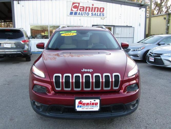 2015 RED JEEP CHEROKEE LATITUDE (1C4PJLCB5FW) with an 2.4L engine, Automatic transmission, located at 830 E. Canino Rd., Houston, TX, 77037, (281) 405-0440, 38.358219, -81.729942 - Photo #0