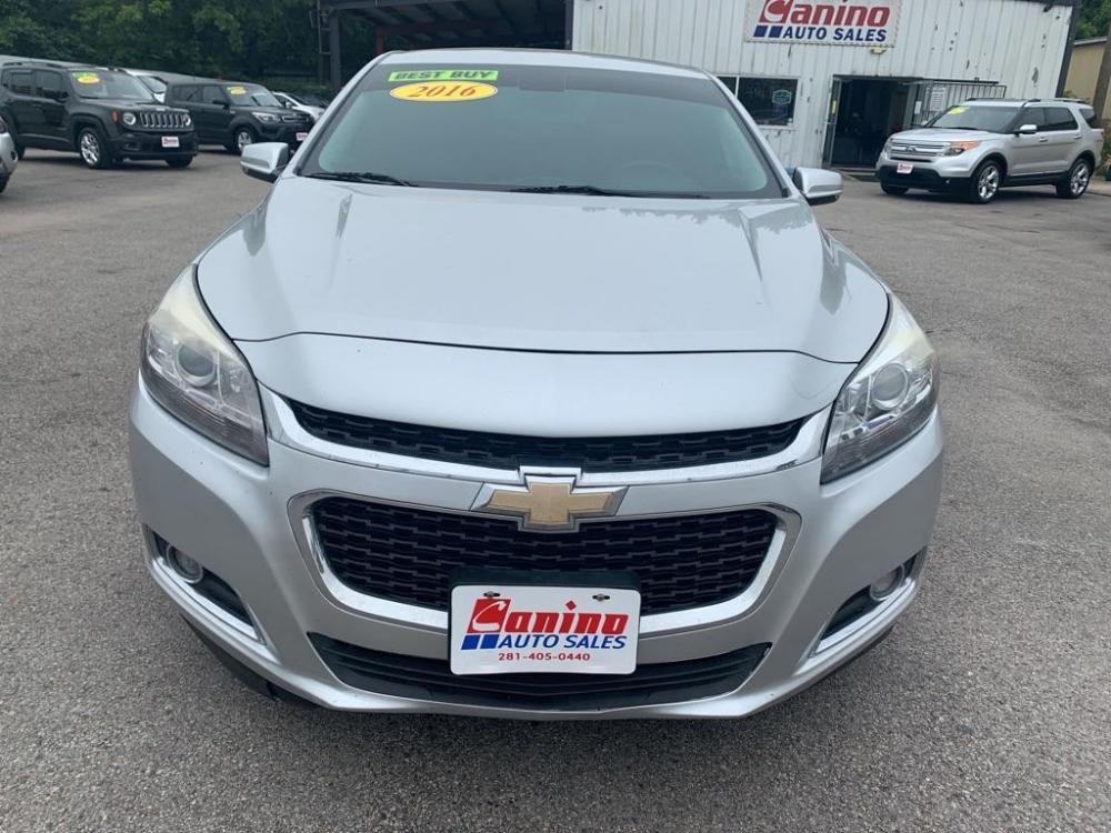 2016 SILVER CHEVROLET MALIBU LIMITED LTZ (1G11E5SA7GF) with an 2.5L engine, Automatic transmission, located at 830 E. Canino Rd., Houston, TX, 77037, (281) 405-0440, 38.358219, -81.729942 - Photo #0