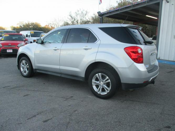2013 SILVER CHEVROLET EQUINOX LS (2GNALBEK8D6) with an 2.4L engine, Automatic transmission, located at 830 E. Canino Rd., Houston, TX, 77037, (281) 405-0440, 38.358219, -81.729942 - Photo #0